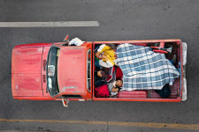 Alejandro Cartagena. Carpoolers.