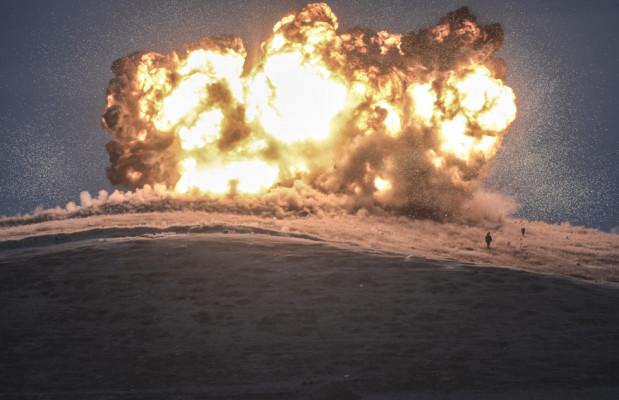 Bulent Kilic. Bombardeo de una posición del Estado Islámico en Turquía.