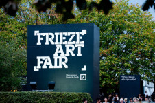 Entrada a Frieze London.