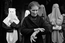 Cristina García Rodero. De la serie España oculta, 1975-1988.