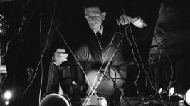 John Cage,1966 durante el concierto en el National Arts Foundation en Washington, D.C.