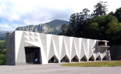 Joaquin Vaquero. Central eléctrica de Proaza.