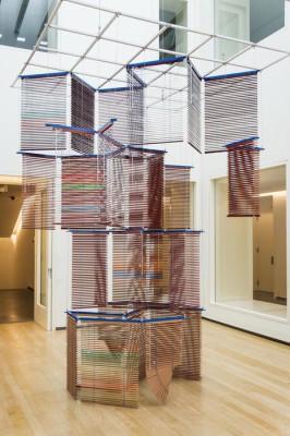 Haegue Yang. Tower On String – Facing Madrid, 2012.