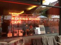 Café de las voces en CentroCentro