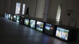 Sala de la exposición Empatía sobre Harun Farocki en Fundación Tàpies