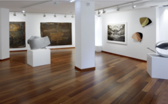 Aurora Vigil-Escalera Galería de Arte.