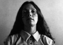 Graciela Iturbide, Autorretrato con los indios seris, 1979