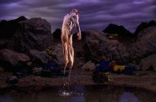 Bill Viola, Primera luz, 2002. © Bill Viola. Cortesía de Bill Viola Studio