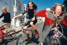 Elaine Constantine, Girls on bikes, 1997.